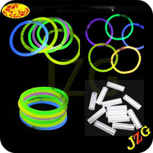 "Factory directlysale 2014 promotional novelties party decorations 8"" Glow stick,fluorescent bracelet china factory"