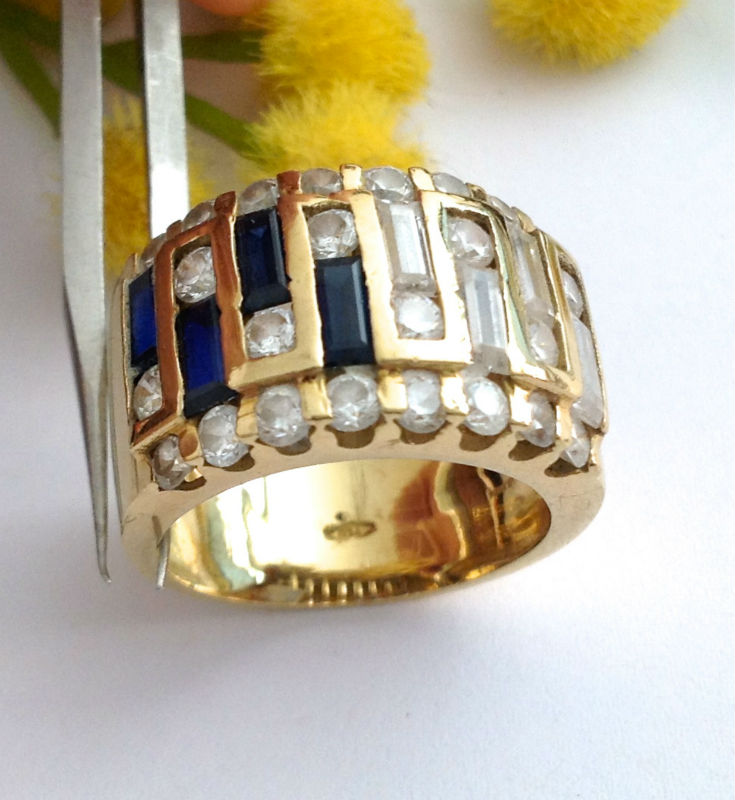 18KT SOLID GOLD SAPPHIRES AND ZIRCONIA RING