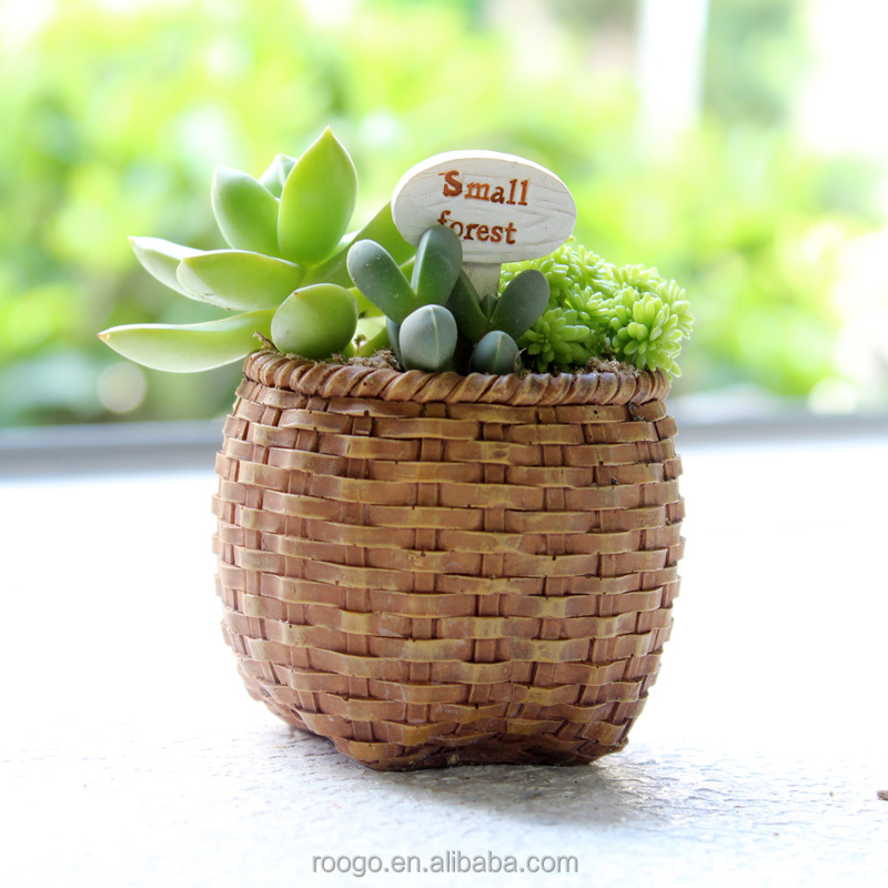 ROOGO Garden decoration mini punch craft flowers pot resin planter pot