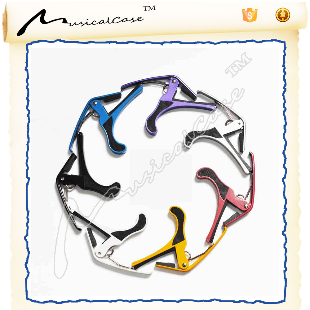 2016 personalized music instrument color acoustic guitar picks capo with cheap price