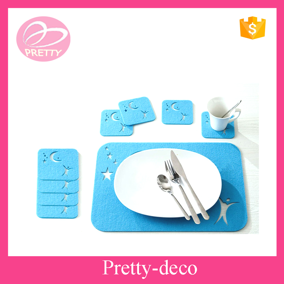 Factory directly star and moon non woven fabric placemats and coaster set