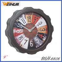 Plastic round analog old style wall clocks