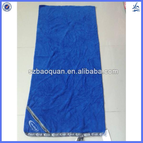 Microfiber Gym Towel With Zip: Microfiber Gym Towel With Zip Pocket