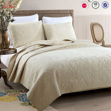 hot selling light yellow hand edge thin breathable embroidery quilt bedspread