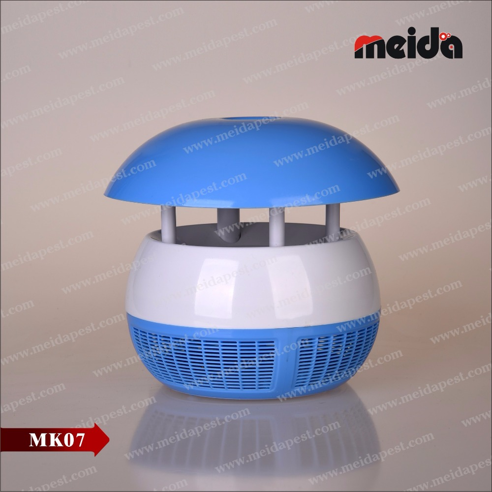 Household USB mosquito sucting lamp with uv light attracting insects
