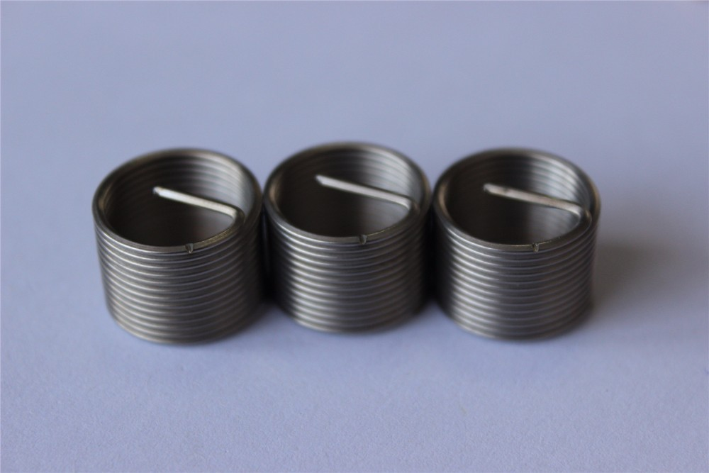 China steel spark plug thread insert for low strength