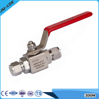 Manual isolation socket weld ball valve