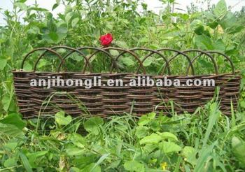 High-quality Brown Willow Border Fence Fencing Screen