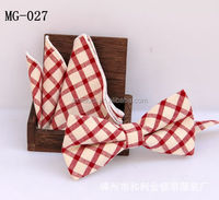 MG 27 Cotton bowtie and pocket square Set at stock