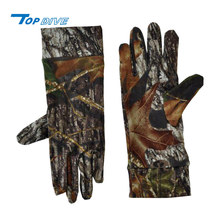Neoprene construction with dot grip palm keep warm hunting gloves