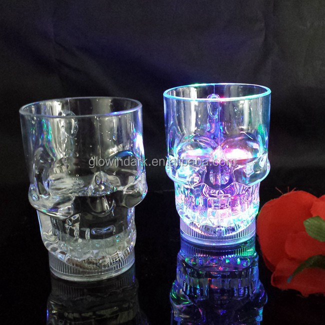 2016 Hot Promotional Barware Flashing Plastic Skull LED Glass, Multicolor Light Up Skull Cup, Drinking Led Cup for Party