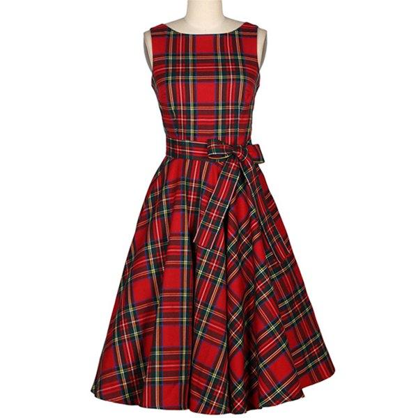 Платье из шотландской клетки