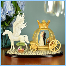 Wedding Lovers Gifts and Crafts Ornaments Decorative White Wings Horse Golden Carriage Figurines