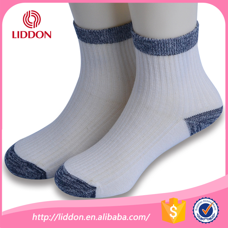 Custom best brand kids boy in white cotton socks with colored heel and toe