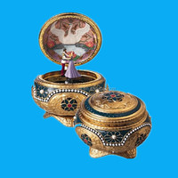Hinged Trinket Porcelain Box
