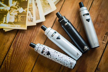 2017 Factory Price 2200mAh ego vapor pen