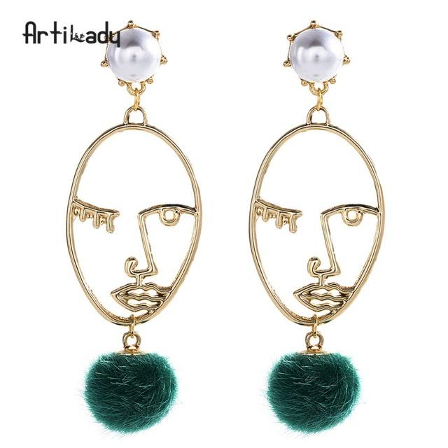 Artilady women jewelry pearl green pompon gold face stud earrings for girls
