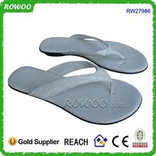 PU white lady flip flop leather, ladies leather chappal