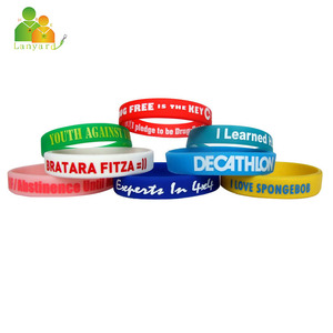 2018 Cheap customized festival silicone wristbands, rfid silicone bracelets for events with custom logo
