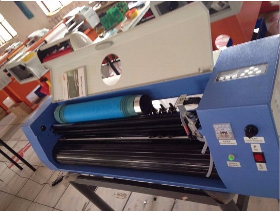 1120mm 50w desktop co2 laser cutting plotter machine for paper, cloth, vinyl stickers ect.