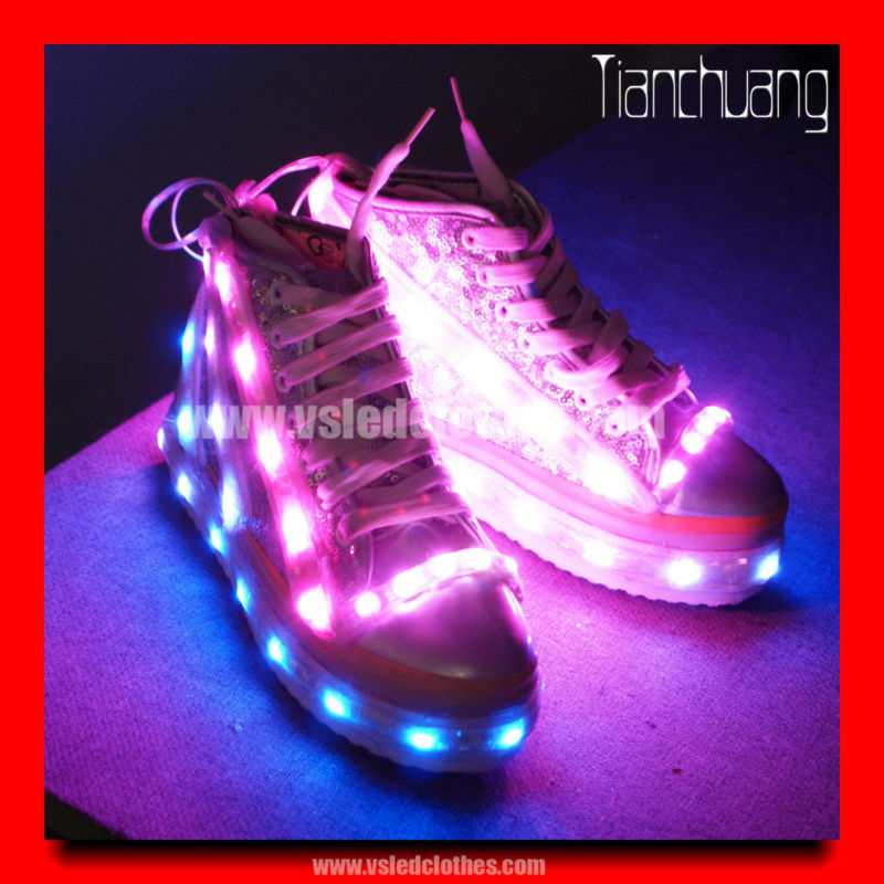 LED light sneaker