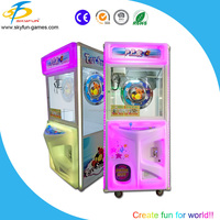 2015 New coin pusher crane claw machine for sale