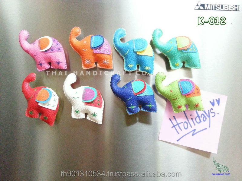 Elephants fridge magnet souvenir from Thailand