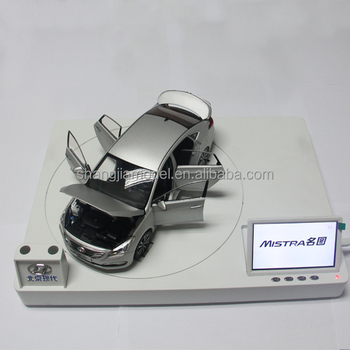 1:18 Hyundai car toy model with a display screen to running advertising,car move around at the platform
