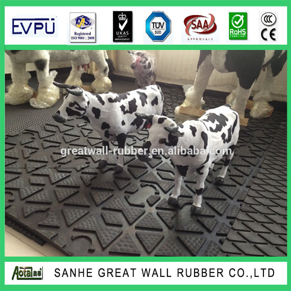 safety cow horse barn stall rubber flooring /horse trailer rubber stable mats