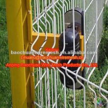 2012 PVC Coated Lawn Protecting Wire Mesh Fence