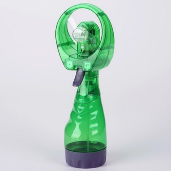 2017 mini water spray fan with carabiner