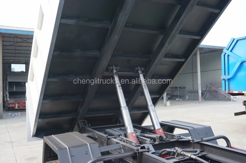 Dongfeng 4x2 Right Hand Drive All-wheel Drive Small Tipper Truck