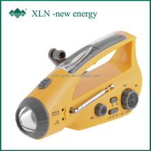 Rechargeable battery require hand crank flashlight with cheap price; solar torch with fm/am radio (xln-288ds)