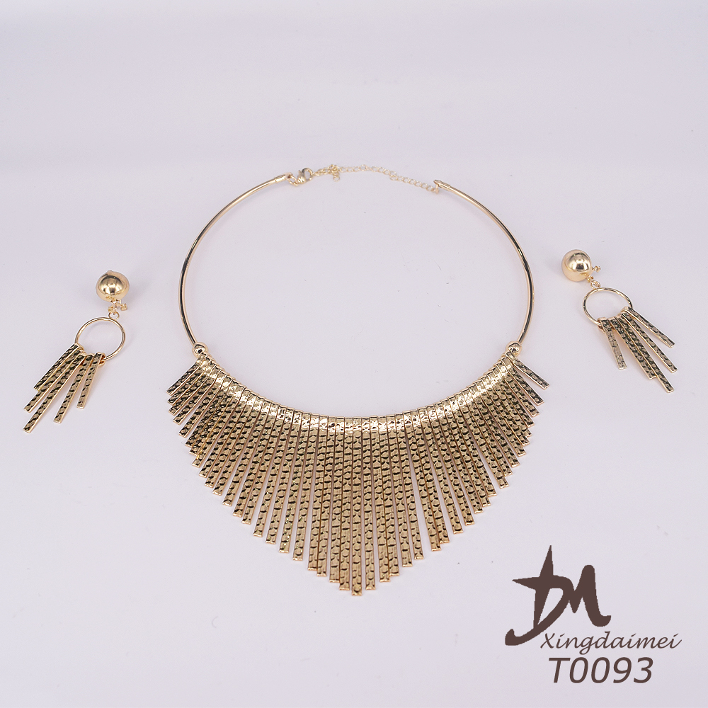 wholesale African jewelry fashion 18 carat gold plated women jewelry set T0093