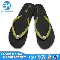 EK Competitive Yellow Strap Rhinestone Pu Slippers Flip Flop For Ladies