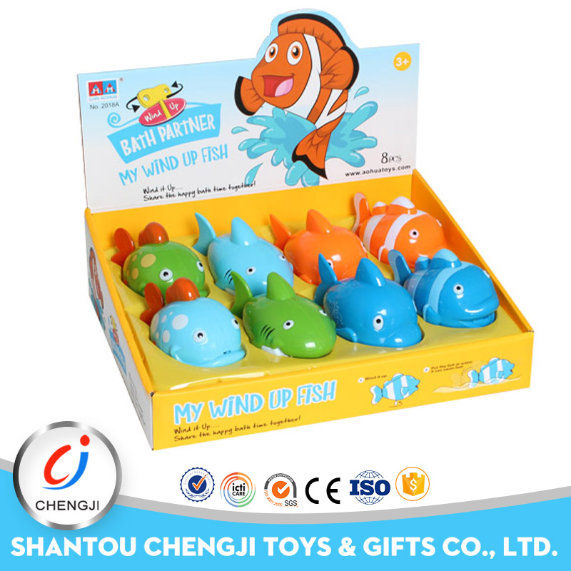 Newest high quality funny gift wind up plastic nemo fish toy