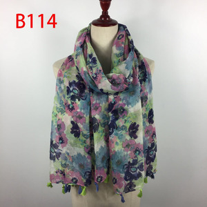 Wholesale flower print tassel women scarf
