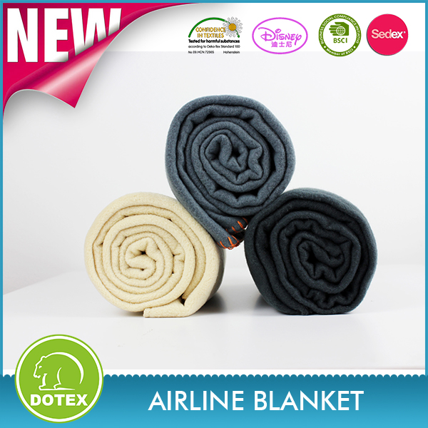 2017 Handy airline fleece blanket/sleep mask/neck pillow/ear plug travel comfort set