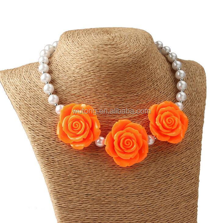 Latest Design Beads Necklace Kids Handmade Jewelry Chunky Bubblegum 3Flowers Pendant Pearl Necklace