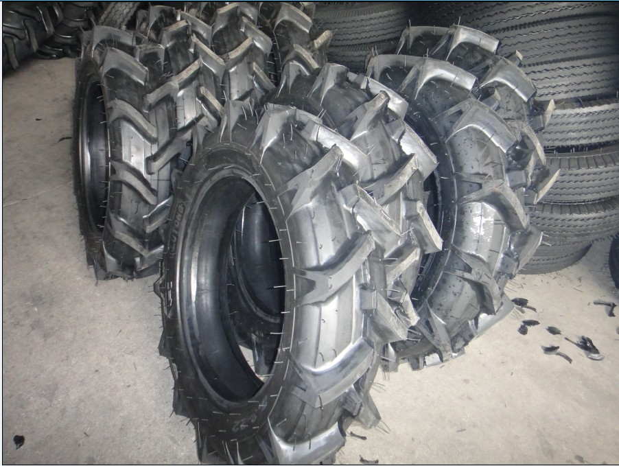 13.6-28 8PR tire for agricultural rear-wheel tractor - fir