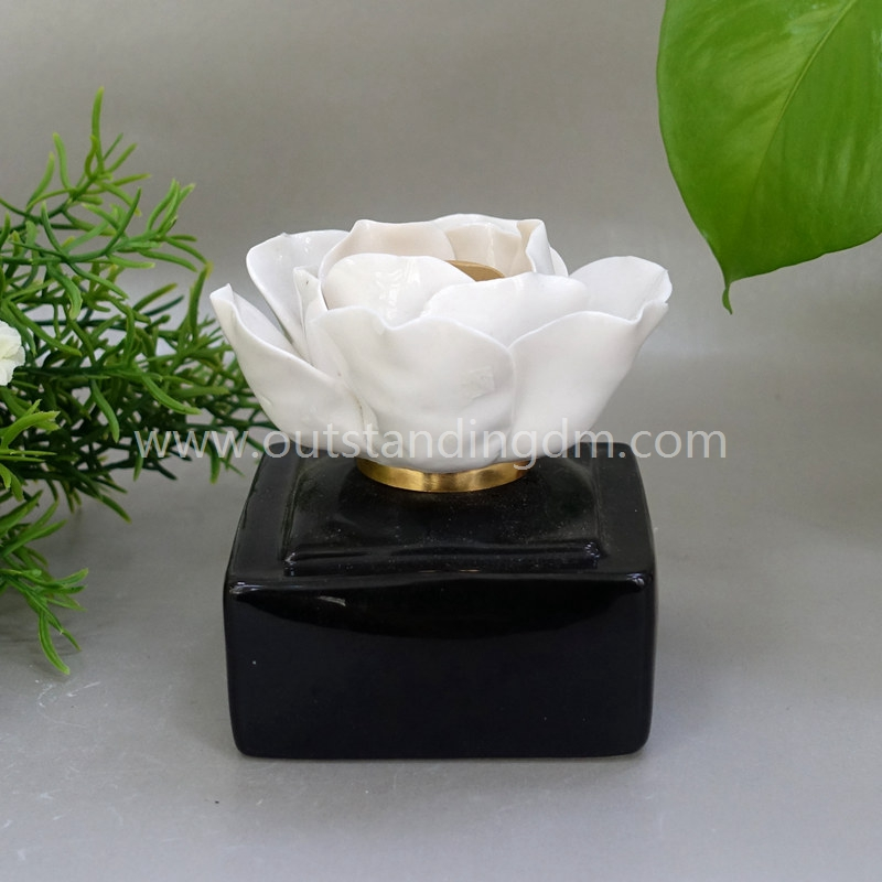 Black Ceramic Oil Lamp With Flower Cap For Small Oil Lamp for table Fragrance Home Decoration