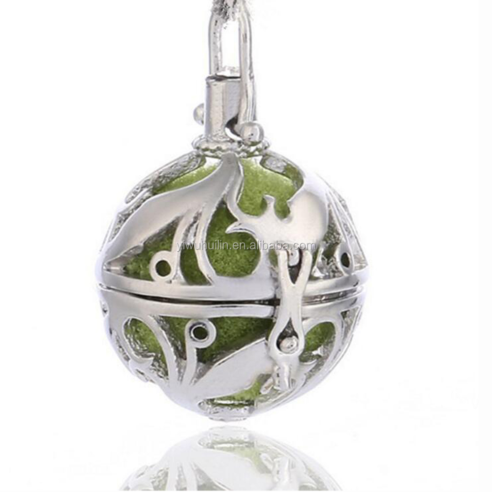 PL007 Yiwu Huilin Jewelry New Round ball brass Essential oil flower pattern diffuser pendant