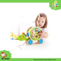 Alibaba wholesale wooden craft happy kid toy pull and push wooden animal toy
