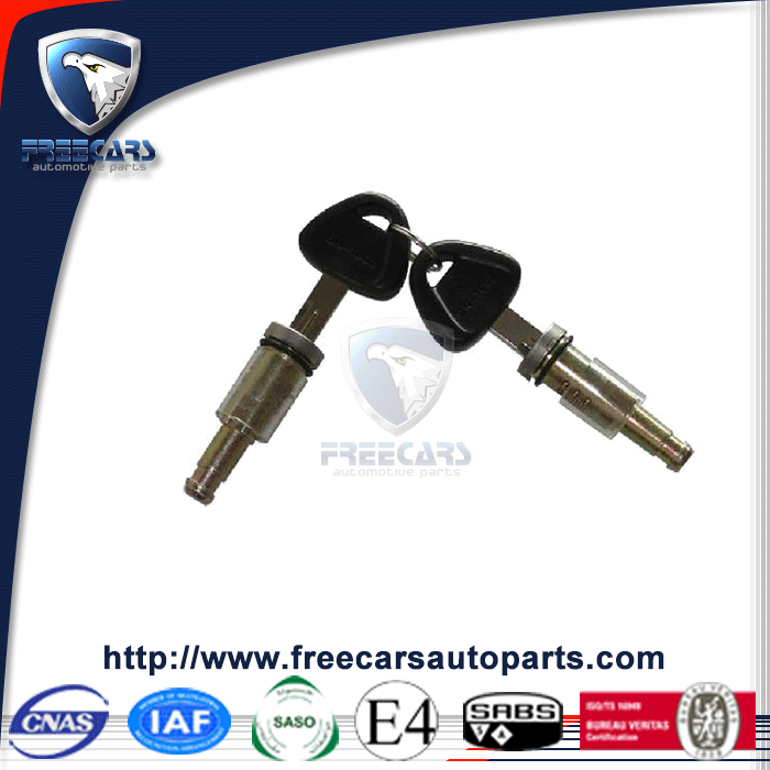 Cheap price car parts for sale locks with keys for Scania door handle key
