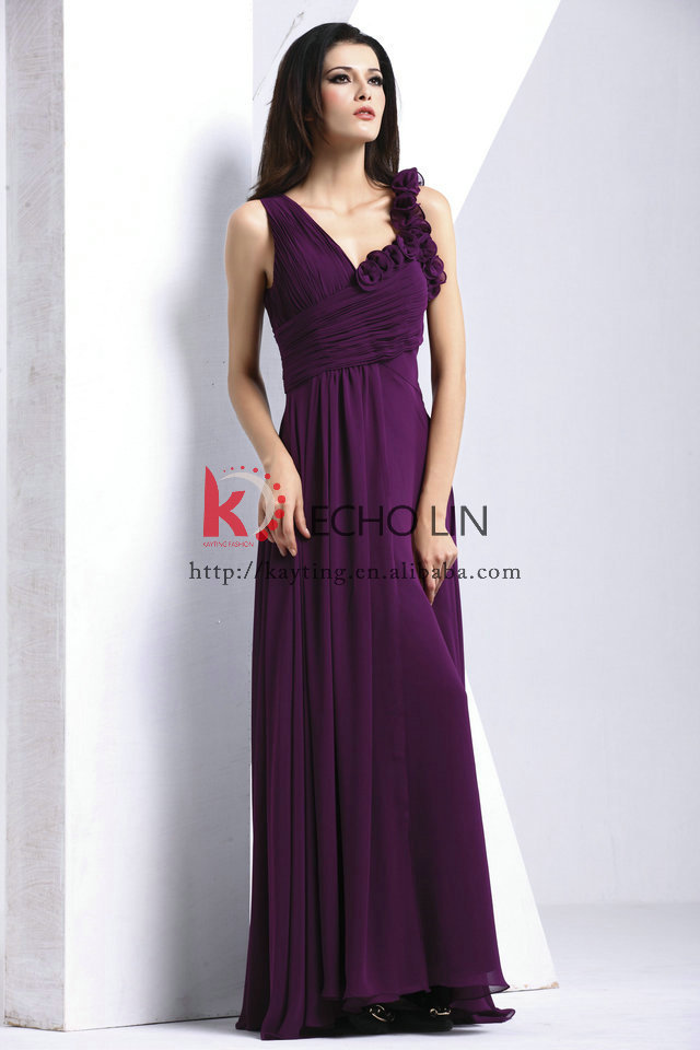 Formal dinner dresses for women