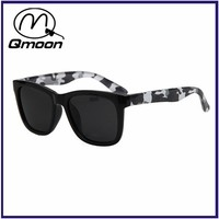 Qmoon Custom logo mens sunglasses polarized with microfiber sunglasses bag