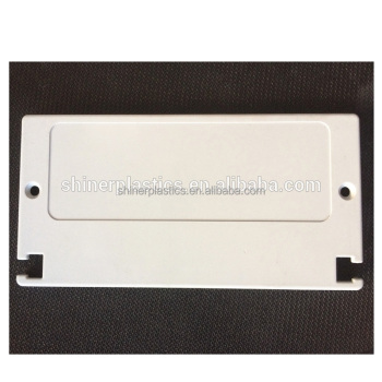 China Ningbo supplier custom plastic parts White Small Plastic Parts Injection Molding
