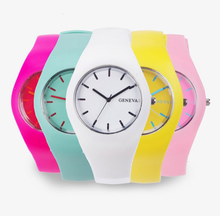 China factory Ladies quartz select fashion custom made cheap silicon rubber colorful geneva watch