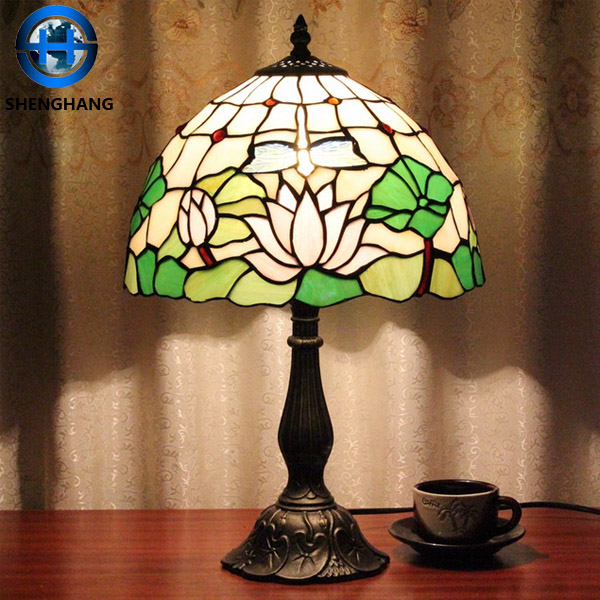 Colored flower pattern glass lamp shade for home and hotel table decor tiffany lamp