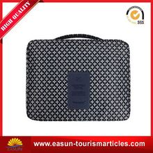 Cheap price toiletry bag for travel velvet cosmetic bag wholesale travel bags